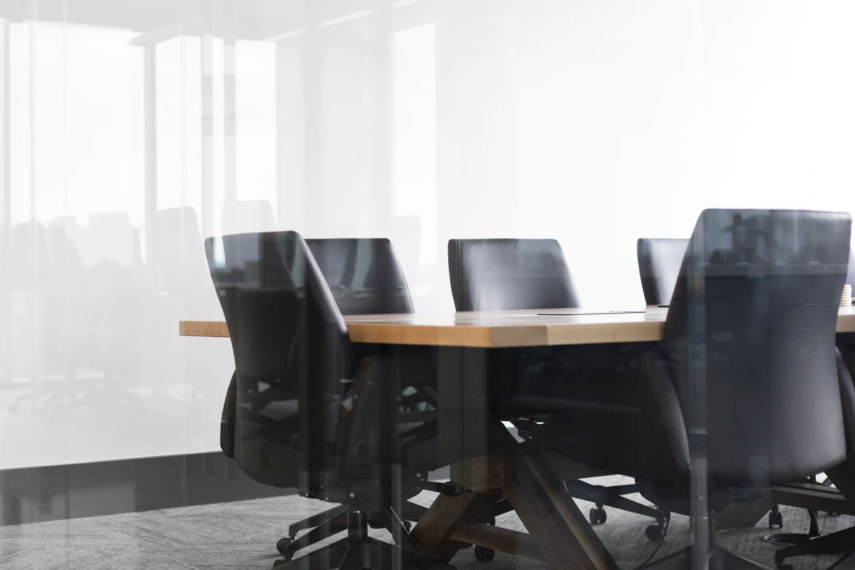 Office Desk & Chairs